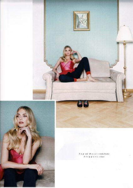 Beautiful Laura in Grazetta magazine #5