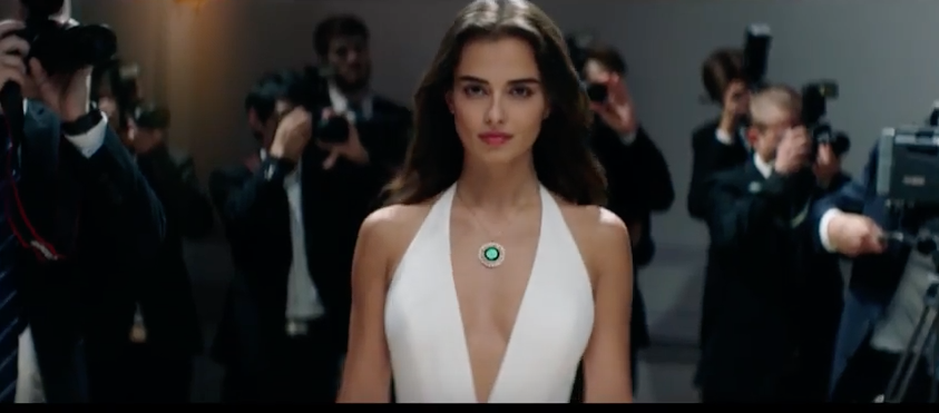 Elif for Oppo – Find X and Neymar